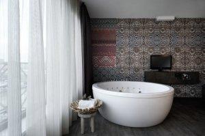 2631759-Hotel-Mainport-Rotterdam-Guest-Room-3